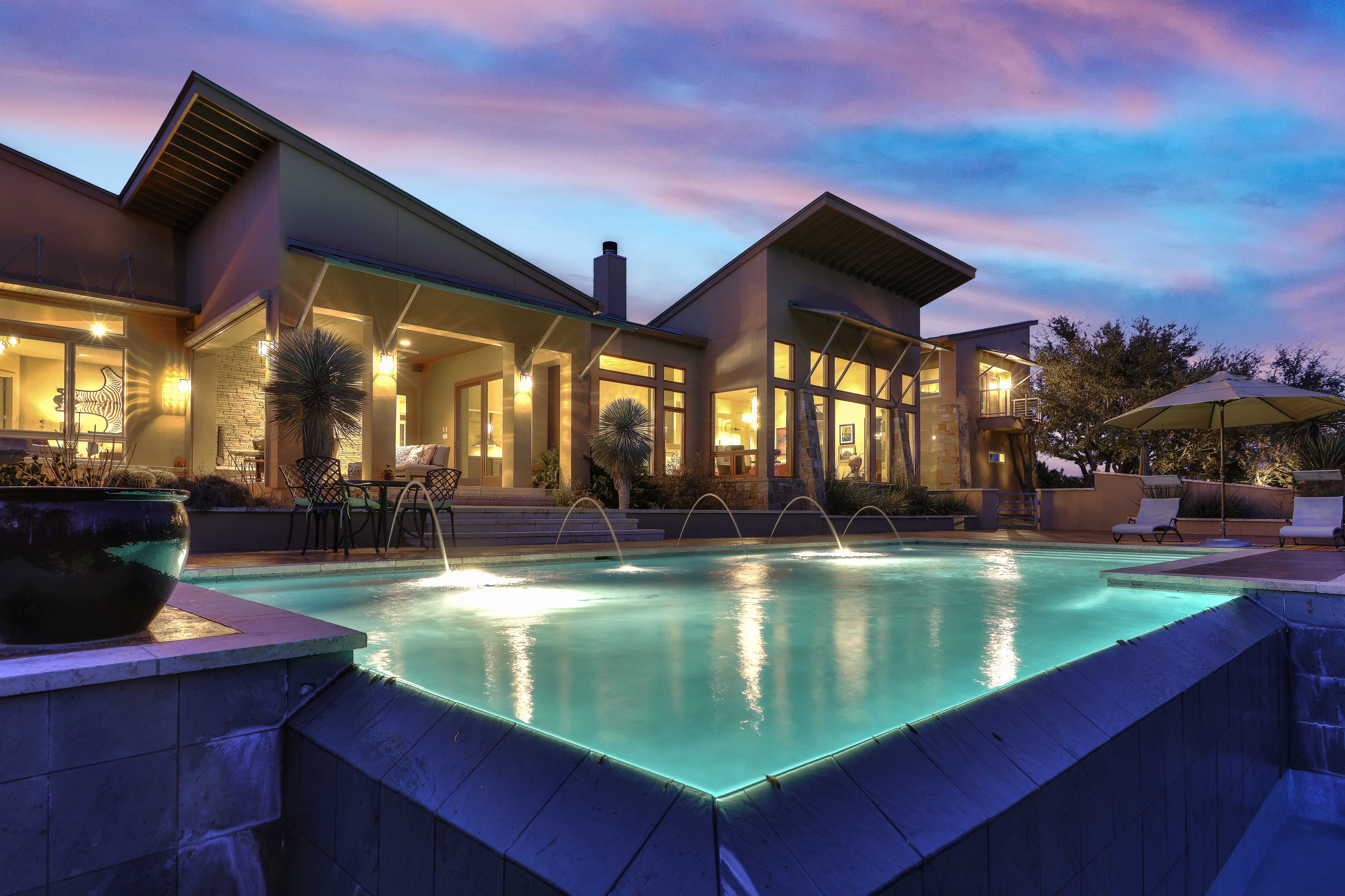 ​5 Key Marketing Activities to Sell Luxury Real Estate